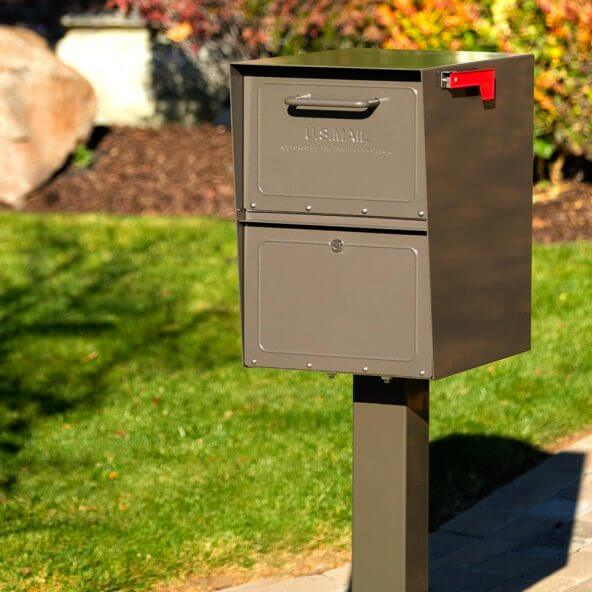 rich bronze locking mailbox